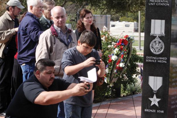 Viewing Memorial-6