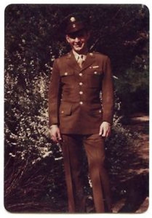 American Soldier in 1940s WWII uniform