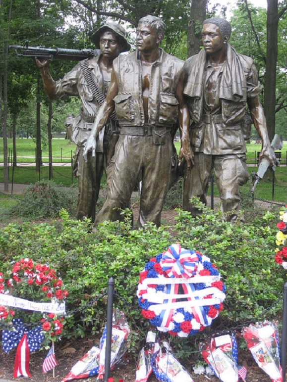 Three Soldiers by Frederick Hart Grounds of the Vietnam Veterans Memorial National Mall Washington, D.C.