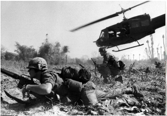 US troops fighting in 1965 Battle of Ia Drang  UH-1 Huey infantry dispatch