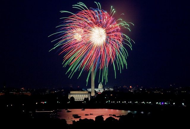 4th of July fireworks  Washington D.C.