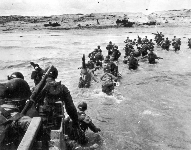 U.S. Soldiers Landing on Utah Beach